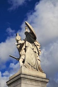 La statua a berlino germania