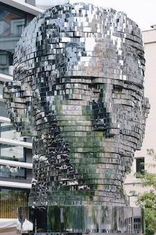 Statua di franz kafka a praga repubblica ceca