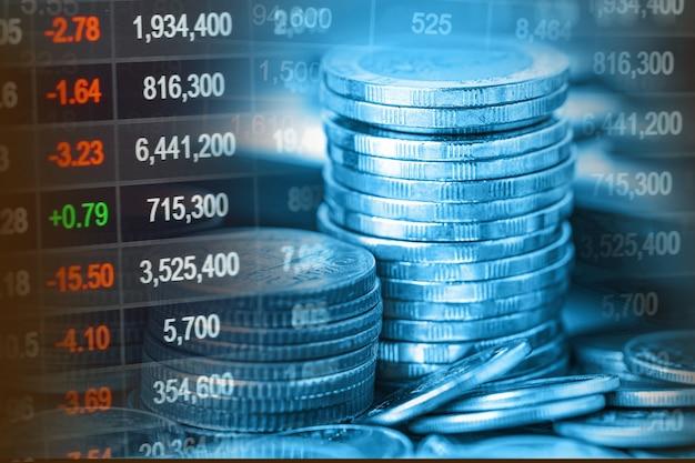 Moneta finanziaria e grafico grafico per il trading di investimenti sul mercato azionario