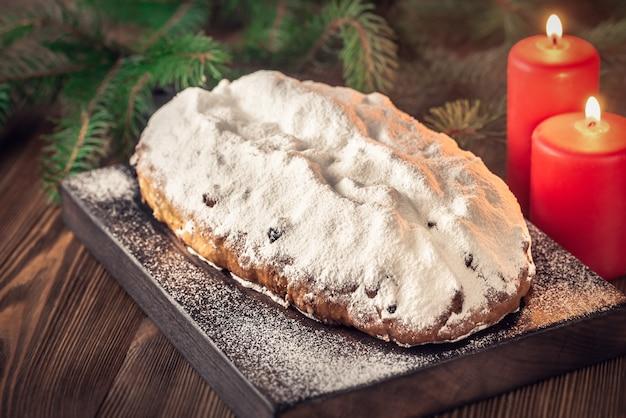 Stollen - tradizionale pane natalizio tedesco