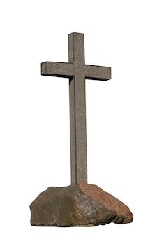 Croce di pietra su una pietra isolata su uno sfondo bianco. concetto religioso. foto di alta qualità