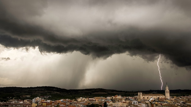 Tempesta su villafranca, barcellona