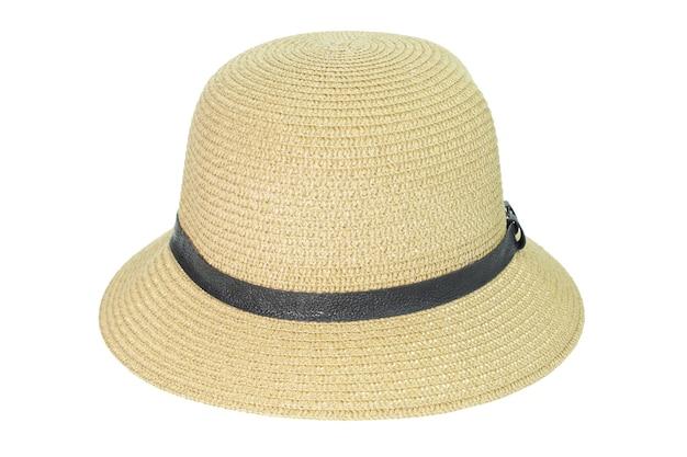 Cappello di paglia isolato su sfondo bianco