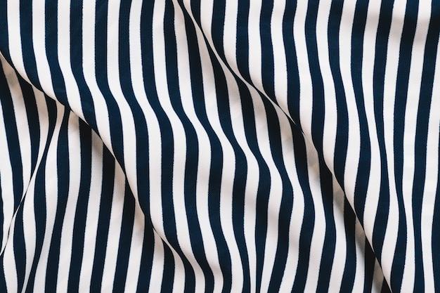 Sfondo di pieghe piegate in tessuto a righe