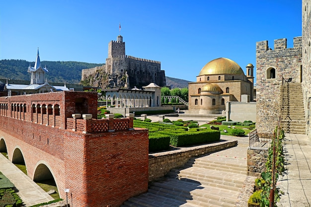 Splendida vista panoramica del complesso della fortezza di rabati nella città di akhaltsikhe, georgia