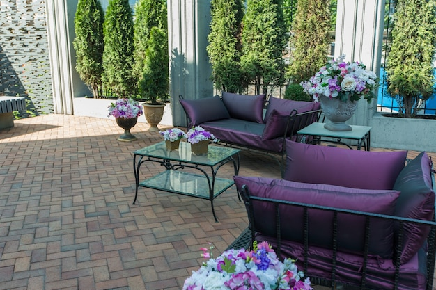 Elegante terrazza estiva interna ricca ed elegante di lusso