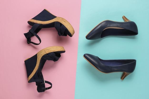Sandali con plateau da donna alla moda, scarpe con tacco alto su carta pastello rosa blu