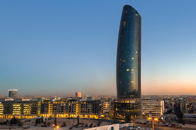 Sunset on rotana hotel a abdali area amman, giordania