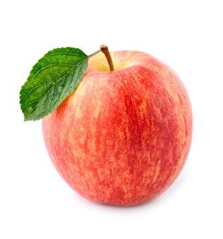 Primo piano dolce delle mele isolato su bianco