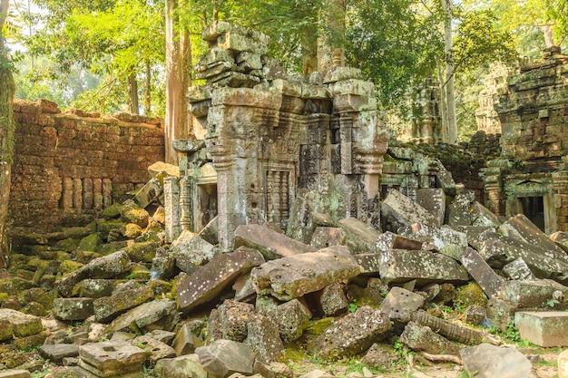 Castello di ta phrom a angkor thom, in cambogia