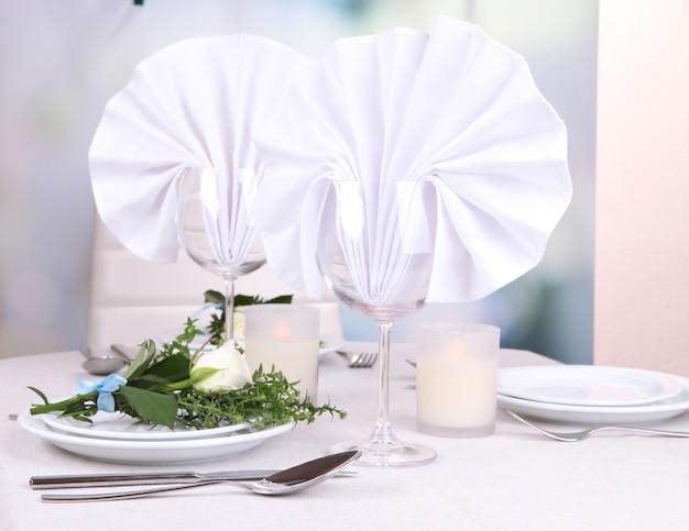 Disposizione dei tavoli nel ristorante