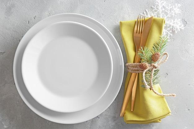 Regolazione della tabella per la cena di natale
