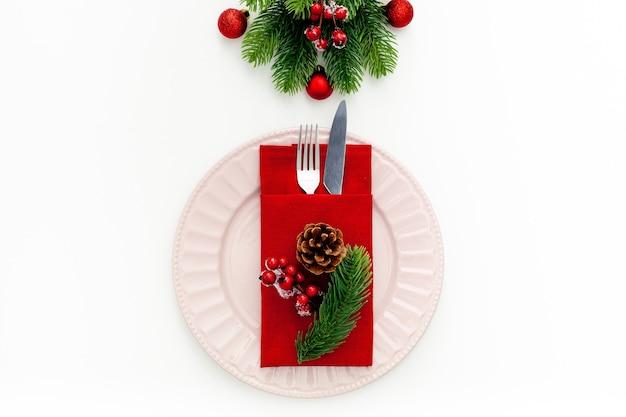 Regolazione della tabella con decorazioni per il nuovo anno