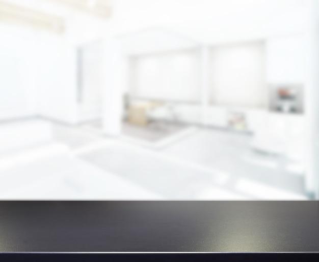 Piano del tavolo e ufficio di sfocatura di sfondo
