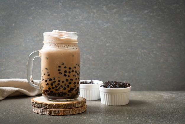 Tè al latte di taiwan con bolle - bevanda asiatica popolare