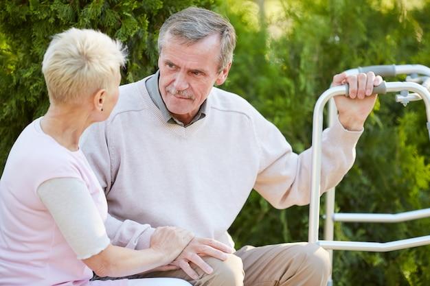 Parlando con il terapista della riabilitazione