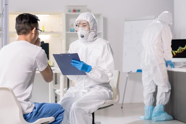 Parlando con il paziente del virus
