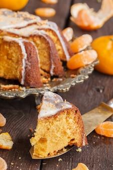 Torta al mandarino con vaniglia. cottura di natale.