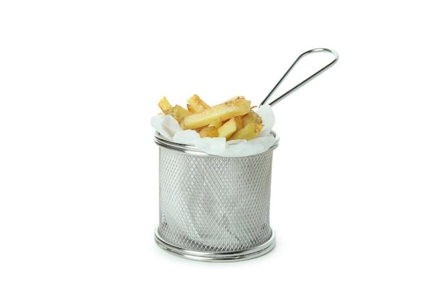 Patate fritte saporite isolate su fondo bianco
