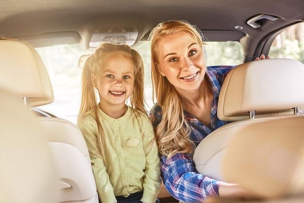 Insegnare ai bambini a contare va bene, ma insegnare loro cosa conta è meglio sorridere felici
