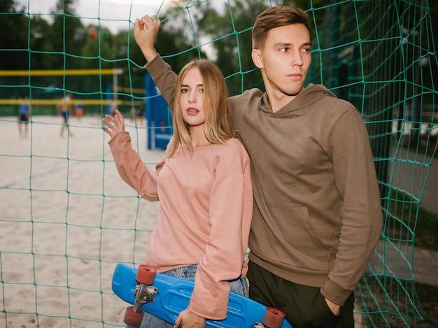 Adolescente data relazione romanticismo amore tempo libero