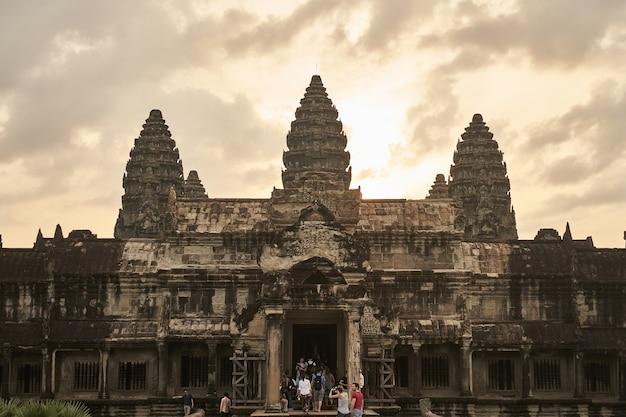 Il tempio di angkor wat in cambogia