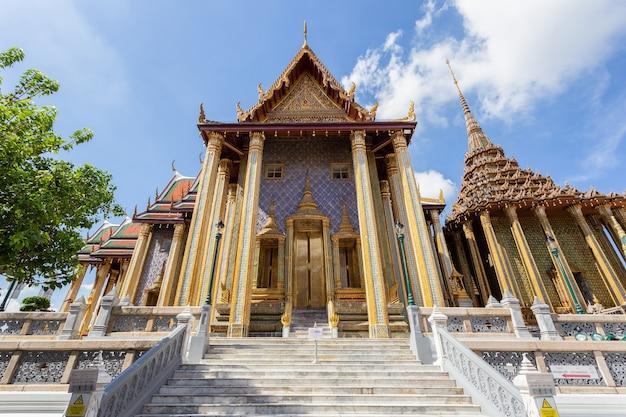 Tempio del buddha di smeraldo o wat phra kaew tempio, bangkok, thailand
