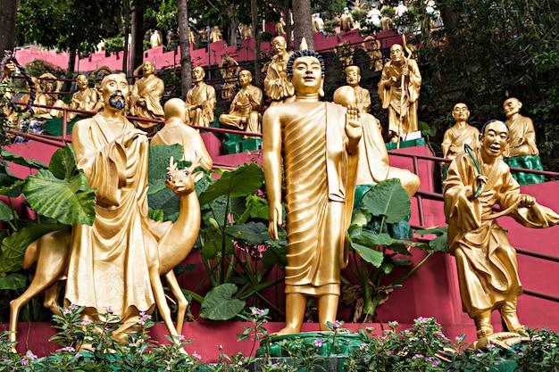 Monastero dei diecimila buddha