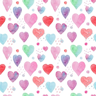 Modello senza cuciture tenero dell'acquerello con cuori rossi blu e rosa e punti per il design tessile