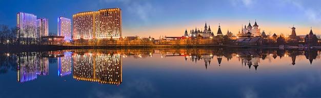 Teremki del cremlino izmailovsky e l'edificio dell'hotel a izmailovo a mosca