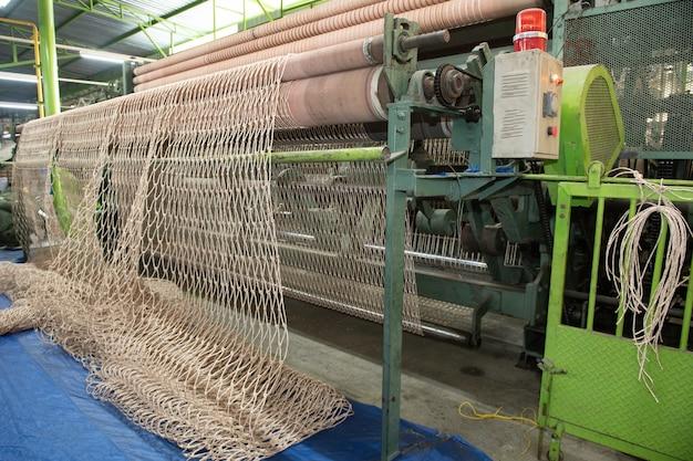 Bobine tessili e corda, macchina tessile, macchina per la produzione di corde in nylon di alta qualità in fabbrica