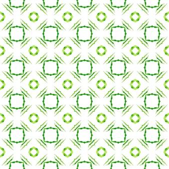 Stampa potente pronta per il tessuto, tessuto per costumi da bagno, carta da parati, avvolgimento. incantevole design estivo boho chic verde. bordo ad acquerello piastrellato dipinto a mano. priorità bassa dell'acquerello piastrellato.