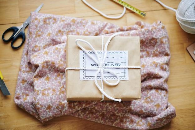 Consegna speciale di tessuti
