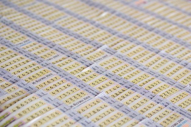 Lotteria thailandese per l'acquisto al mercato.