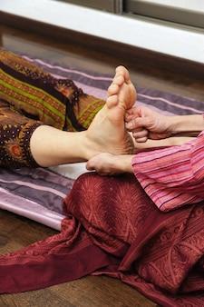 Piedi di massaggio thailandesi