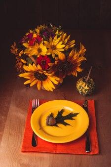 Tavolo di servizio del ringraziamento