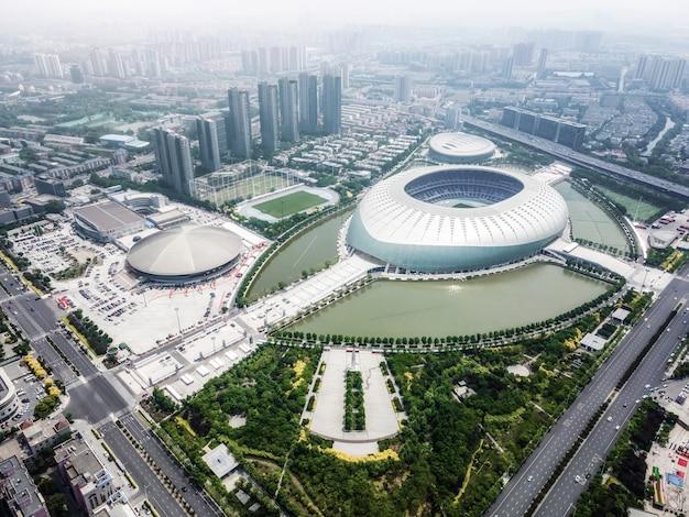 Tianjin / cina-maggio 2021: grande palestra del centro sportivo di tianjin.