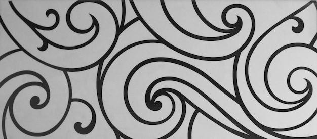 Piastrella con forme geometriche astratte