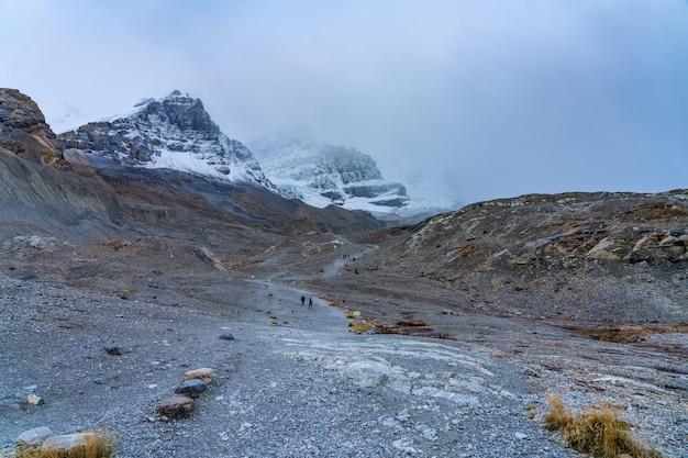 Punta del sentiero del ghiacciaio athabasca