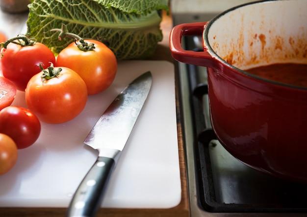 Idea di ricetta per la fotografia di cibo in salsa di pomodoro
