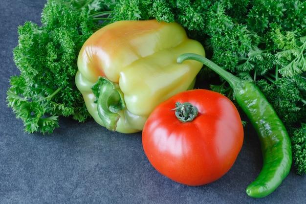 Pomodori e prezzemolo