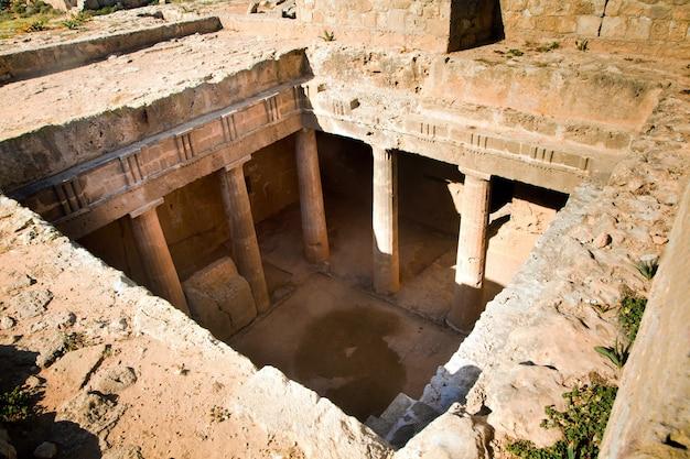 Le tombe dei re patrimonio mondiale dell'unesco nella città di paphos, cipro