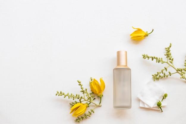 Toner siero cosmetici bellezza per la pelle del viso