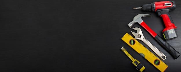 Attrezzatura per utensili per hardware fai-da-te per il tuo design.