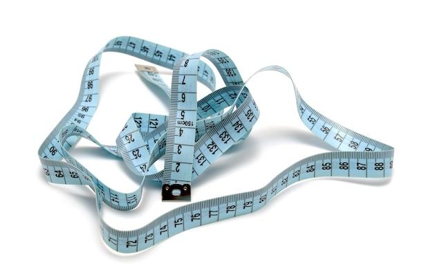 Collezione di strumenti - nastro di misura (tapeline) isolato su sfondo bianco