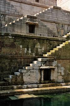 Toorji ka jhalra bavdi stepwell. jodhpur, rajasthan, india
