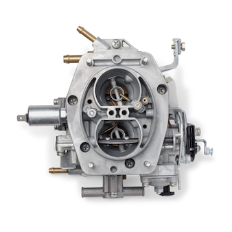 Vista dall'alto del carburatore dell'auto per motore a combustione interna per la miscelazione dell'aria con uno spruzzo fine di carburante liquido, isolato su sfondo bianco. parti automobilistiche.