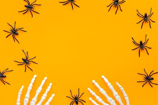 Concetto di halloween raccapricciante di vista superiore con lo spazio della copia
