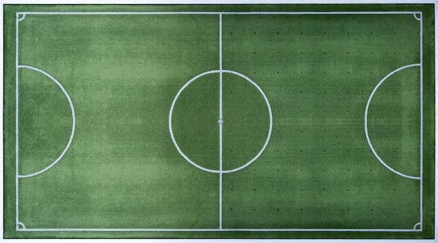 Vista dall'alto del campo di calcio, campo da calcio con linee di confine bianche