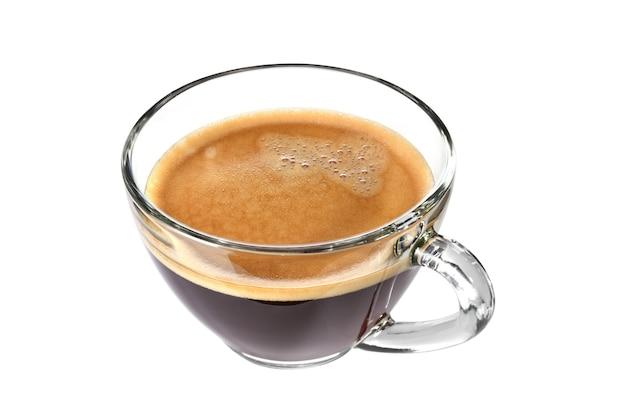 Vista dall'alto della tazza di vetro di caffè espresso isolato su sfondo bianco